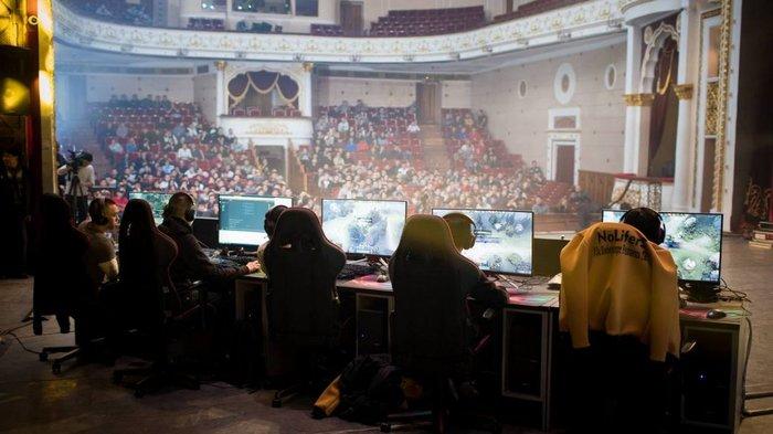 Директор театра в Киргизии сдал в аренду помещение под турнир по Dota 2. И его уволили Dota, Киберспорт, Kanobu, Скандал, Видео, Длиннопост