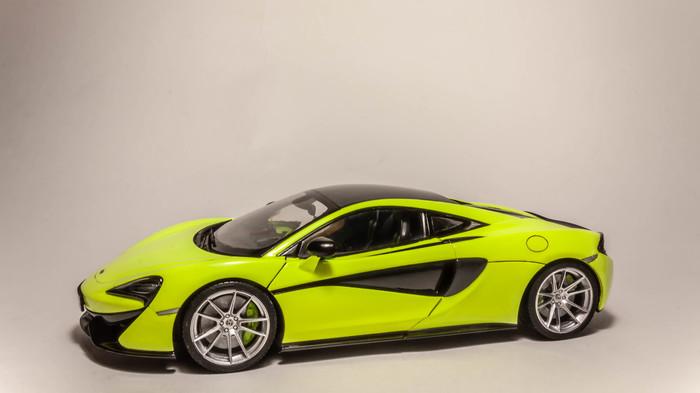 Модель McLaren 570S в масштабе 1/24 Стендовый моделизм, Автомоделизм, Суперкар, Mclaren, Масштабная модель, Длиннопост