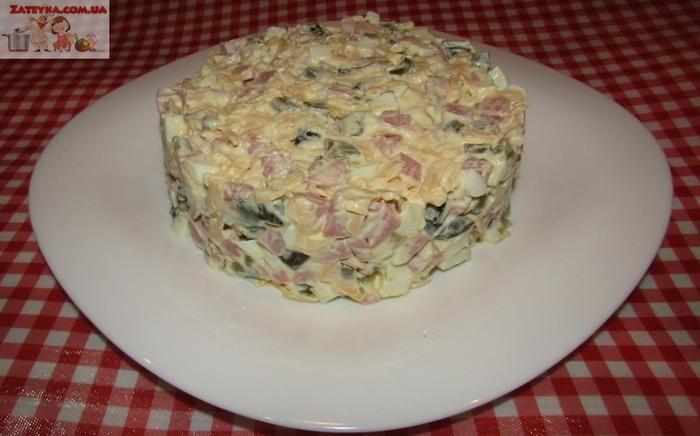 Салат с ветчиной и сыром «Домашний» Салат, Видео рецепт, Кулинария, Видео, Длиннопост, Ветчина, Сыр, Рецепт