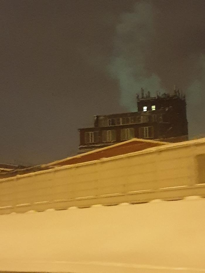 Вчера около трёх ночи в Москве увидел такое. Москва, Завод, Экология, Жуть, Длиннопост