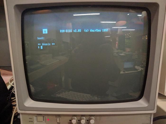 Unix на советском компьютере БК-0011М Unix, Бк0010, Компьютер, Бк0011