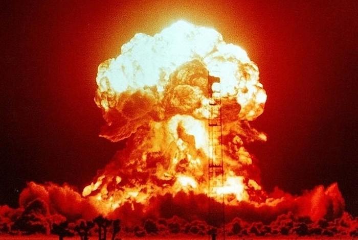 Ученые смоделировали последствия Третьей мировой войны Общество, Наука, Ученые, Человечество, Выживание, Ядерная война, Комсомольская правда, Апокалипсис, Видео, Длиннопост