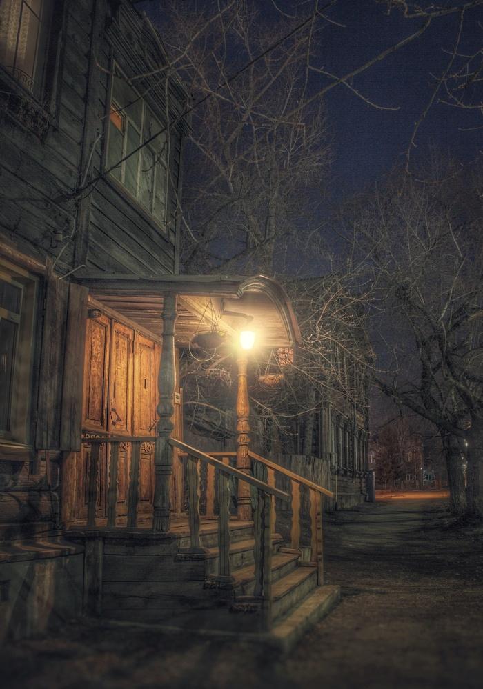 Ночь. Улица. Фонарь. Крылечко Фотография, Ночь, Улица, Эстетика ебеней, Барнаул, Пост 1 апреля 2019 г