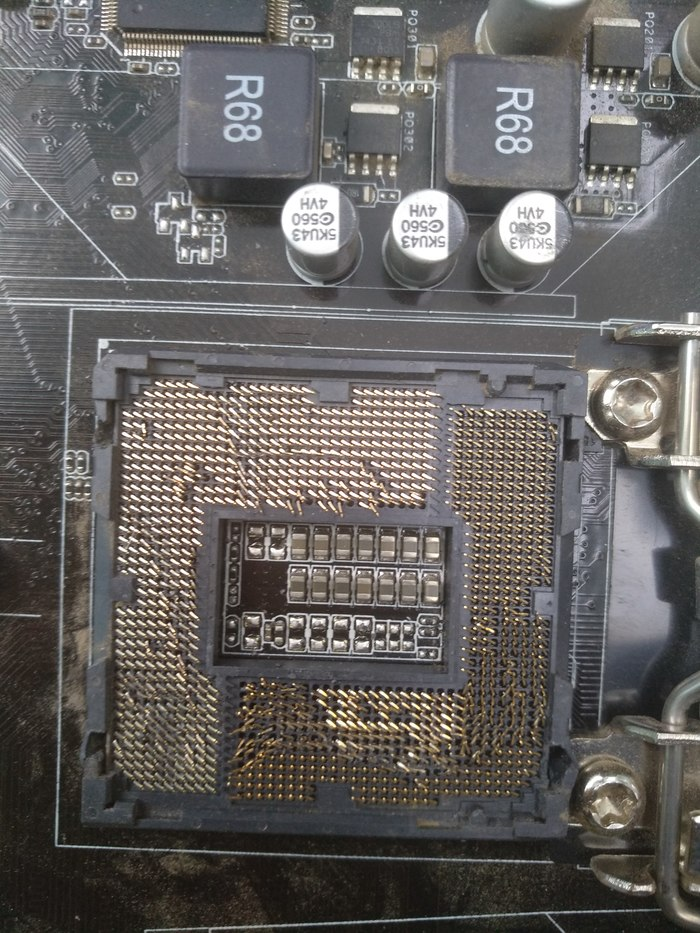 Просто от пыли почистили Ремонт компьютеров, Поломались, Материнская плата