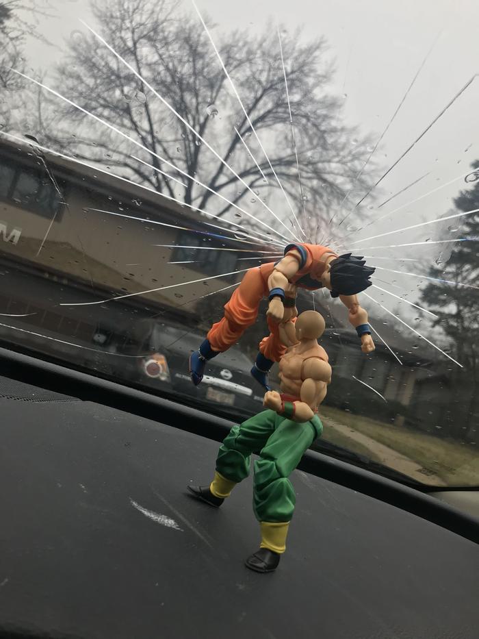 """""""Я починил разбитое стекло в машине"""""""