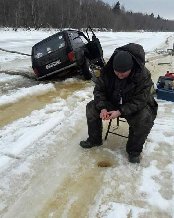 Губительный комфорт Рыбак, Тает лёд, Река, Машина под лёд, Длиннопост