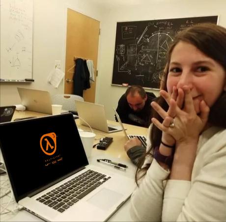 Когда запускаешь Half Life 3