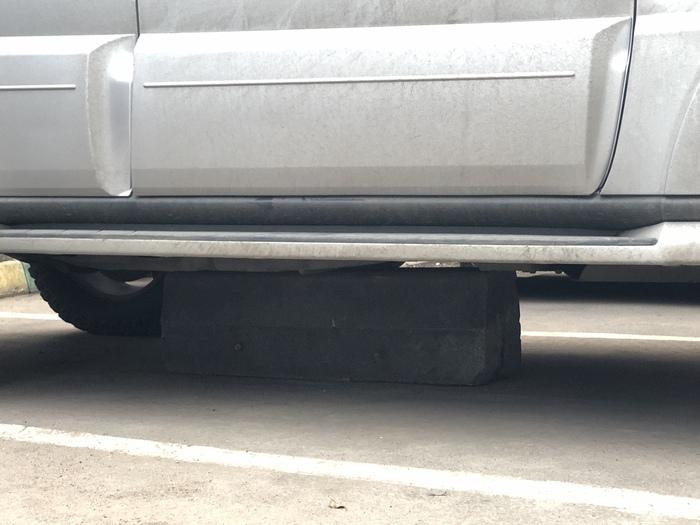 Как легко и непринуждённо отжать парковочное место во дворе Парковка, Авто, Длиннопост