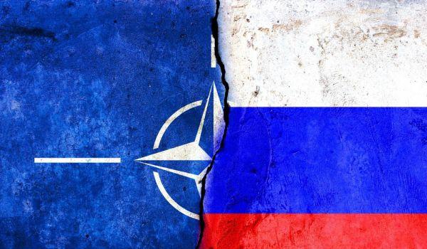 Россия и НАТО полностью прекратили сотрудничество. Москва надеется, что военного конфликта с блоком удастся избежать Новости, Россия, Политика, НАТО