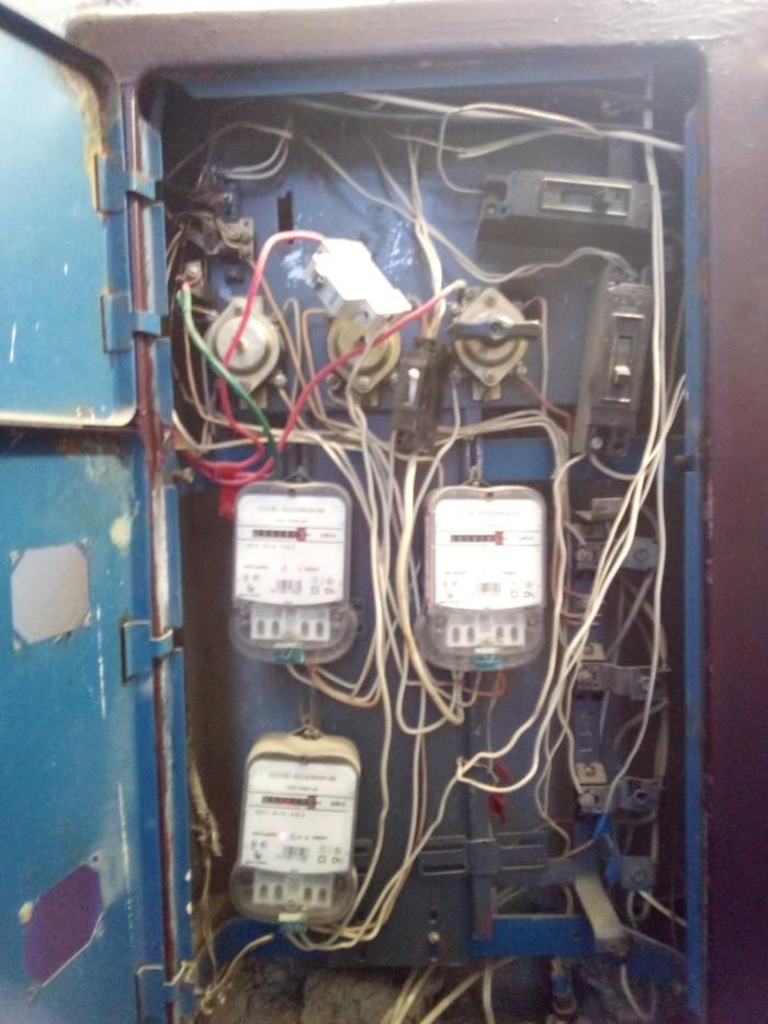 Чудо-юдо этажный щит Электричество, Жилой дом, Электрика, Кривые руки, Длиннопост