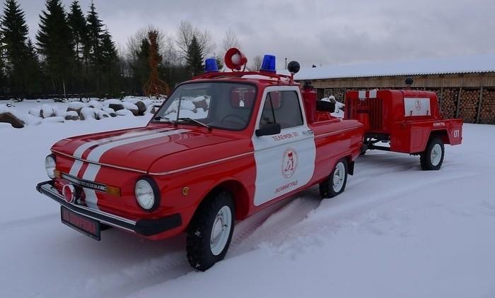 Самая мимимишная пожарная машина что я видел)