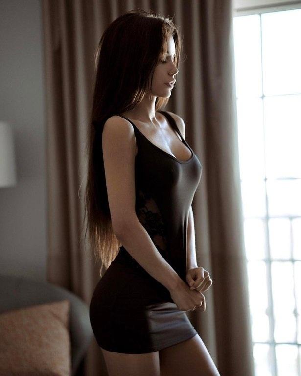 Платье и девушка #241.0