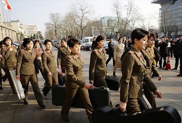 Как живется Микки-Маусу в КНДР. Что представляет собой поп-культура Северной Кореи. Северная Корея, Ким Чен Ын, Длиннопост, Культура, Поп-Культура