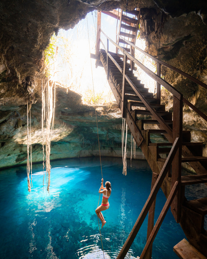 Морская пещера