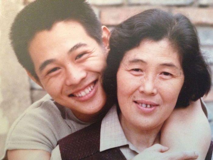 Джет Ли с мамой