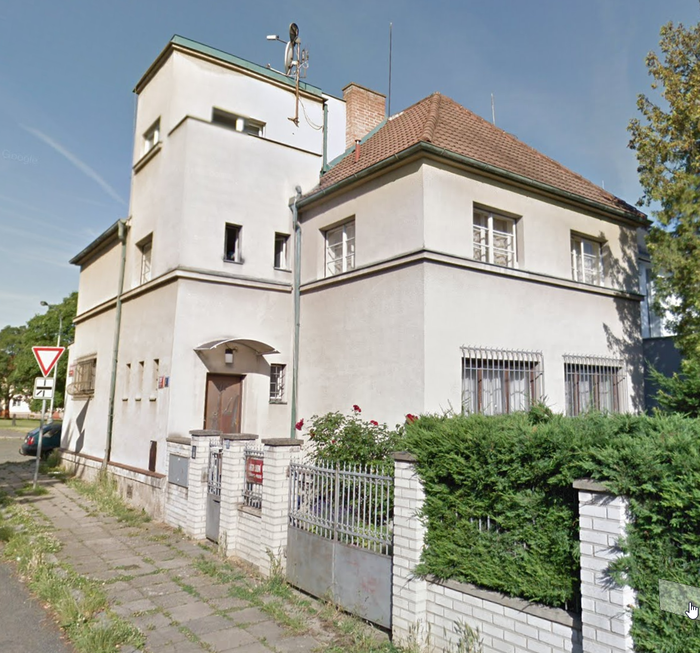 Жизнь в коммунальном Доме Соседи, Коммуналка, Чехия, Прага, Странные люди, Странности, Длиннопост