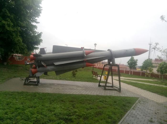 Памятники и ракетостроение Памятник, Ракетостроение, Длиннопост