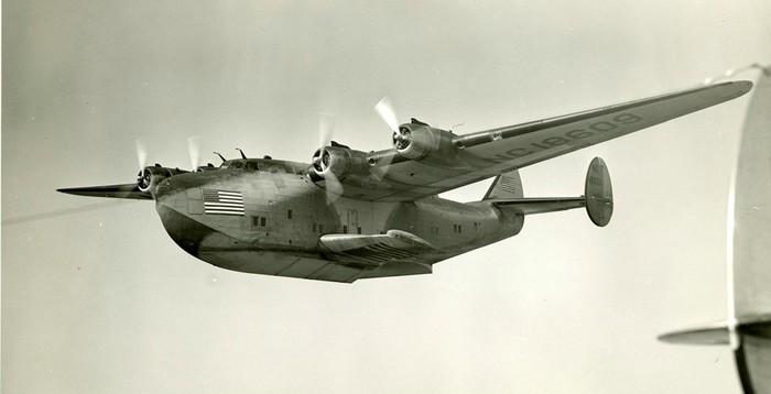 Случайный рекорд пассажирской авиации | Кругосветный перелёт Боинга-314 Авиация, Авиакомпания, Пан американ, Путешествия, Самолет, Американские самолеты, Видео, Длиннопост