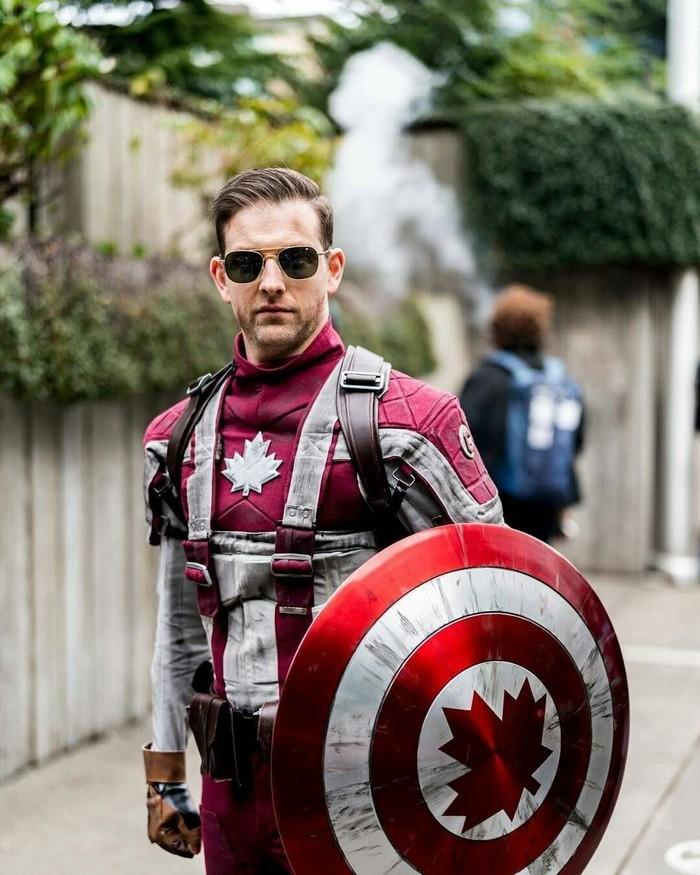 Капитан Канада