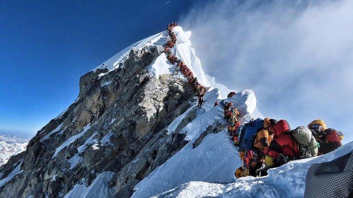 320 человек в очереди на вершину Эвереста 23 мая Эверест, Альпинизм