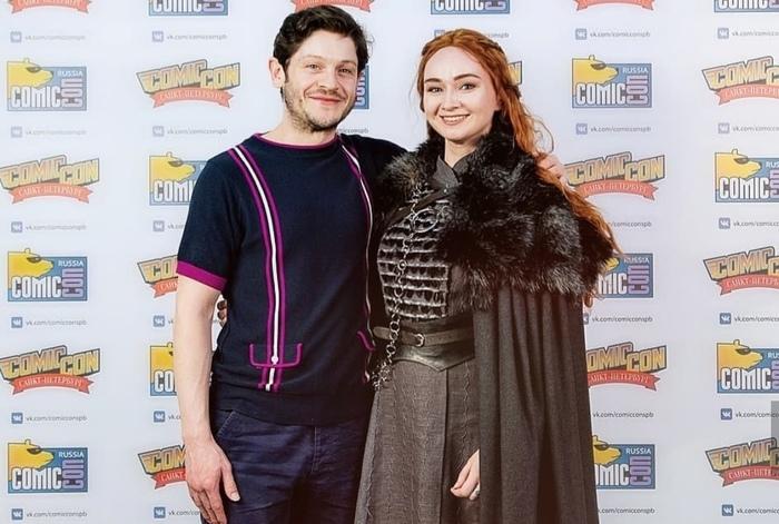 Рамси нашел себе новую Сансу на на Comic-Con Russia