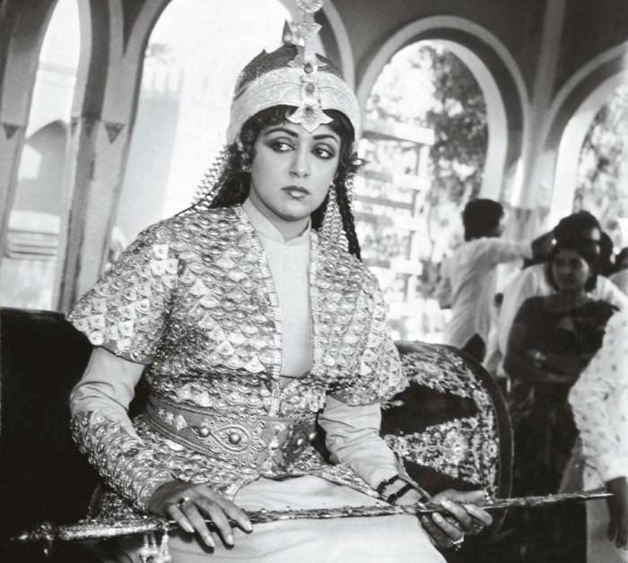Разия - первая женщина-султан в истории средневековой Индии Индия, Делийский султанат, Завоевание, Средневековье, История, Разия, Султан, Халиф, Длиннопост