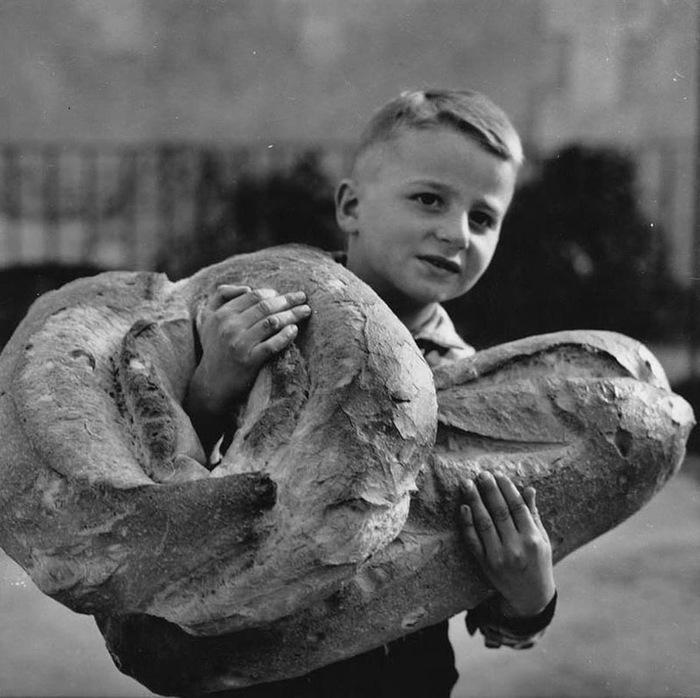 Парижский хлеб, 1950-е.