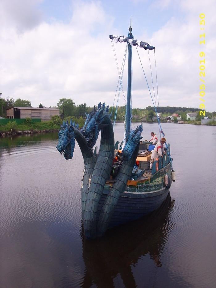 Православный монах-единоборец идёт по Балтике на трёхголовом змее-горыныче. Балтийское море, Чудо-Юдо, Водный туризм, Длиннопост, Монах