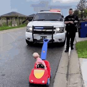 Я что-то нарушила, офицер?