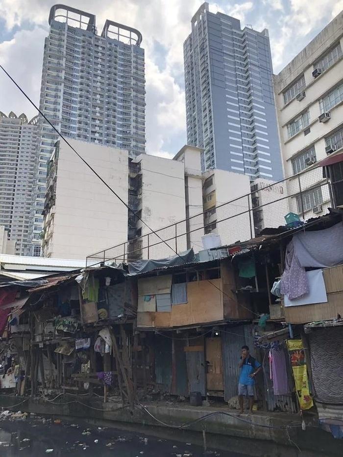 Три социальных класса на Филиппинах в одном фото