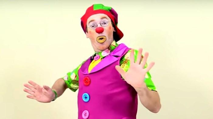 """Жесткие испанские коллекторы ... или """"атака клоунов"""" ... Клоун, Коллекторы, Деньги, Компания, Крипота, Мат, Испания, Длиннопост"""