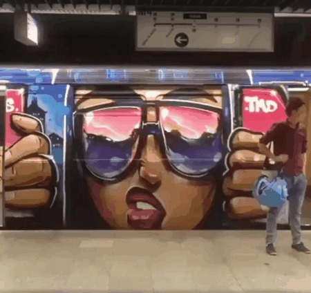 Креатив в метро