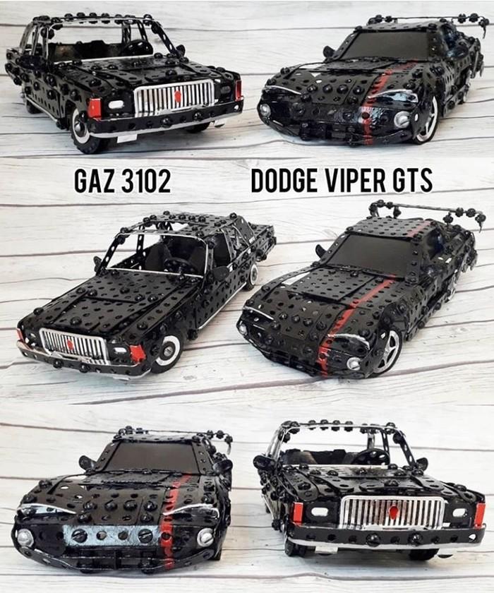 Газ 3102 и Dodge Viper из металлического конструктора