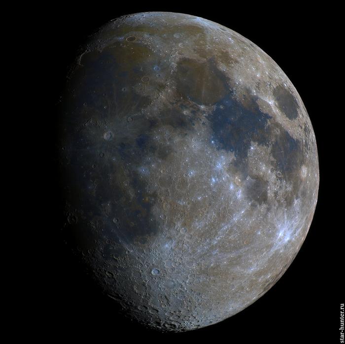 Цветная Луна, 3 мая 2020 года, 2210