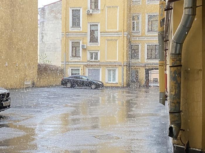 Снежное утро в Питере сегодня