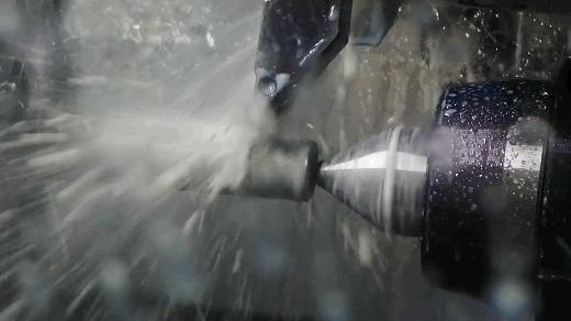 Палец титана, задняя бабка и токарные гифки Длиннопост, ЧПУ, Гифка, Металлообработка, Производство, Видео