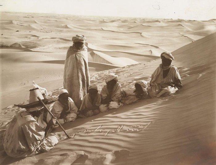 Песок Сахары в качестве классной доски