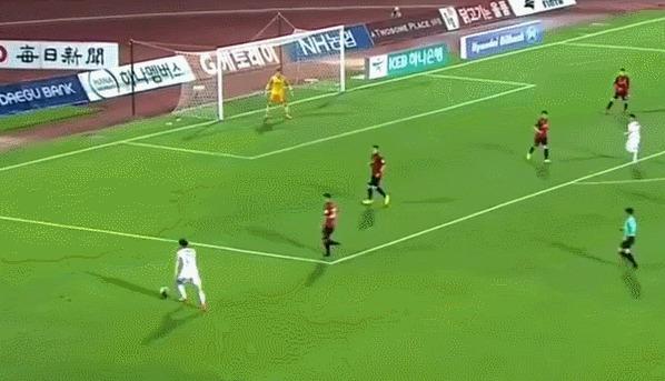 Комичный гол из чемпионата Кореи