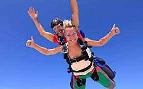 Как я с парашютом прыгал