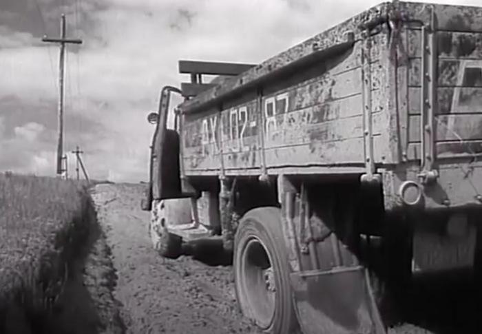 Ещё одна водочная отсылка в советском фильме Фильмы, Советское кино, СССР, Водка, Ностальгия, Цены