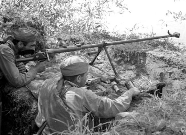 Об эффективности стрельбы из противотанковых ружей
