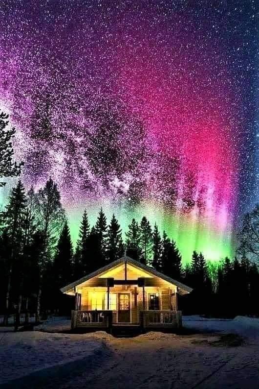 Фантастическая ночь в Норвегии зимой