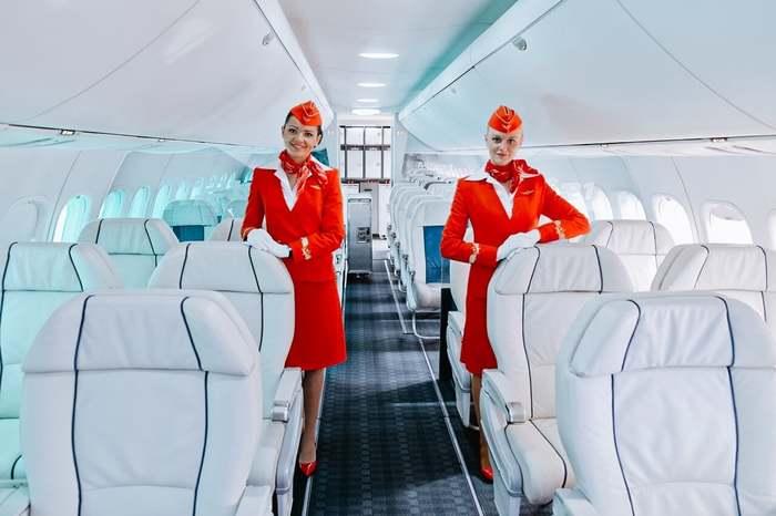Путешествие по салону нового российского авиалайнера МС21