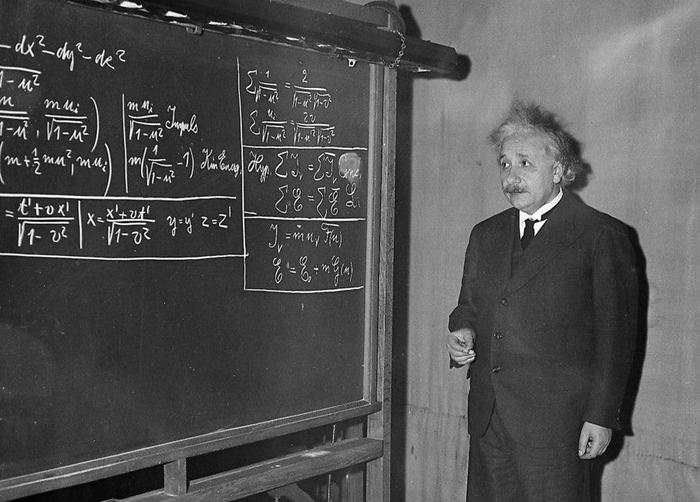 Правда ли, что Альберт Эйнштейн плохо учился в школе? Альберт Эйнштейн, Образование, Школа, Аттестат, Физика, Геометрия, Алгебра, Проверка, Разрушители мифов, История, Ученые, Длиннопост