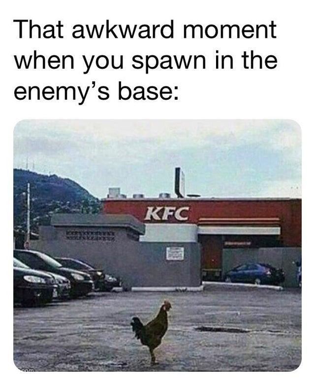 Тот неловкий момент, когда Вы появляетесь на базе врага