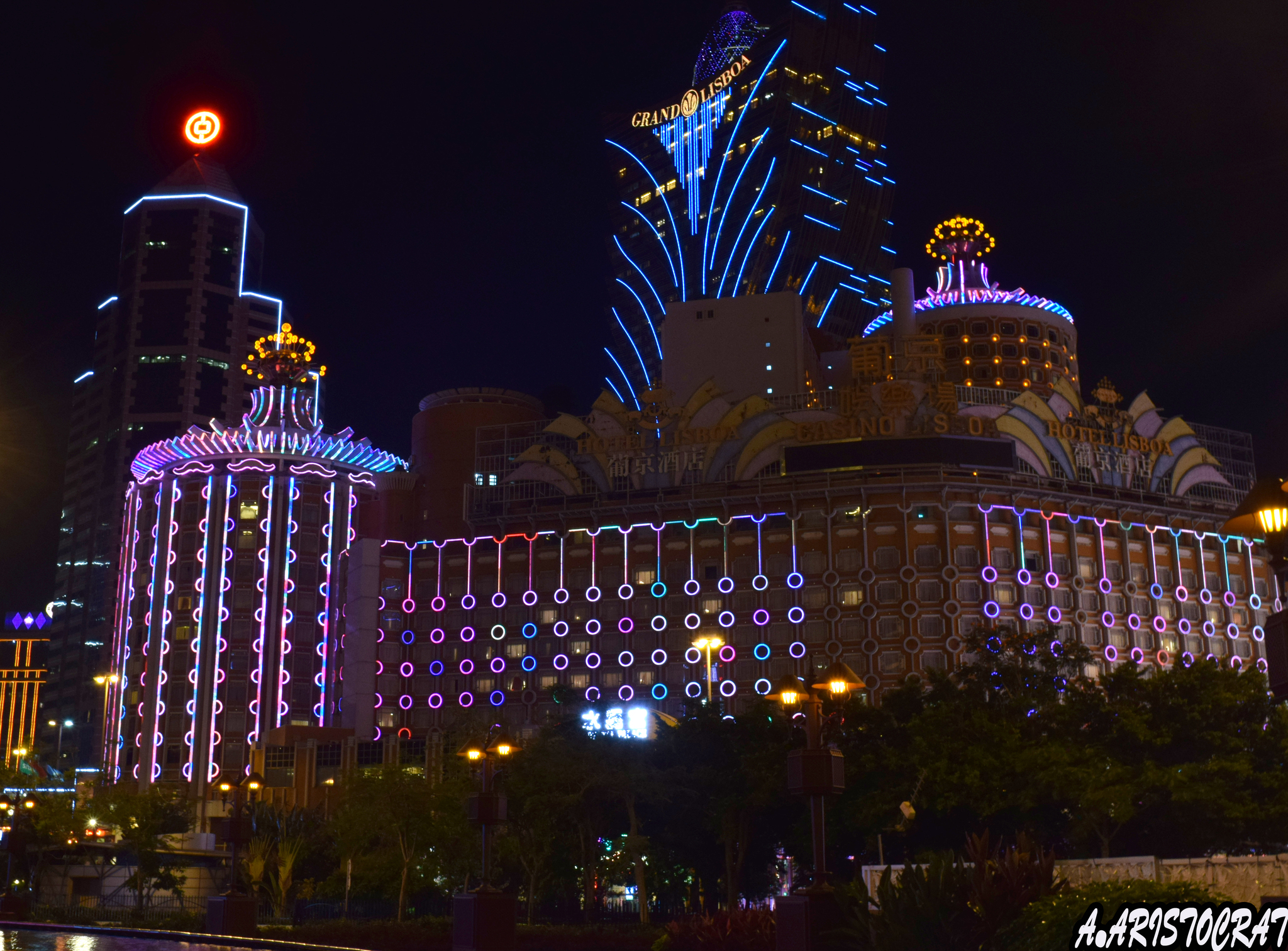 Стихи про казино в москве до закрытия играть игровые автоматы бесплатно